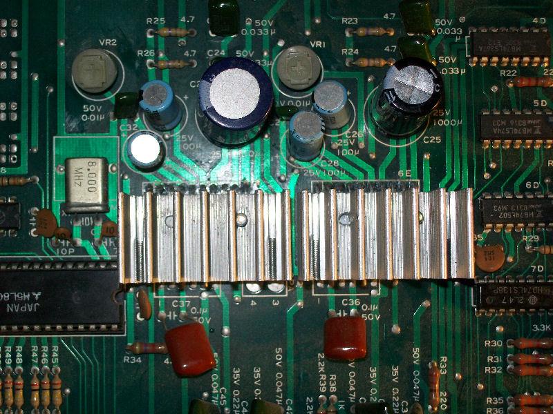 LA4460_amps_replaced_with_heatsink