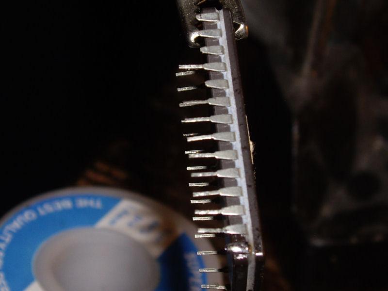 27512@17F_broken_pins