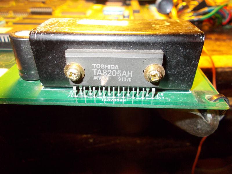 TA8205AH_amplifier