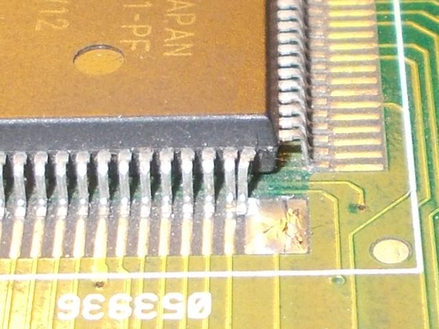 053936_touching_pins